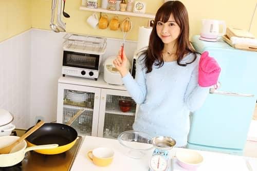 「彼女料理作る」の画像検索結果