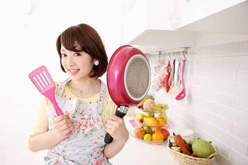 「料理上手」という言葉が男性に与えるモテイメージ・4つ ...